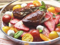 Quorn Pimms Glazed Fillets with Summer Salad