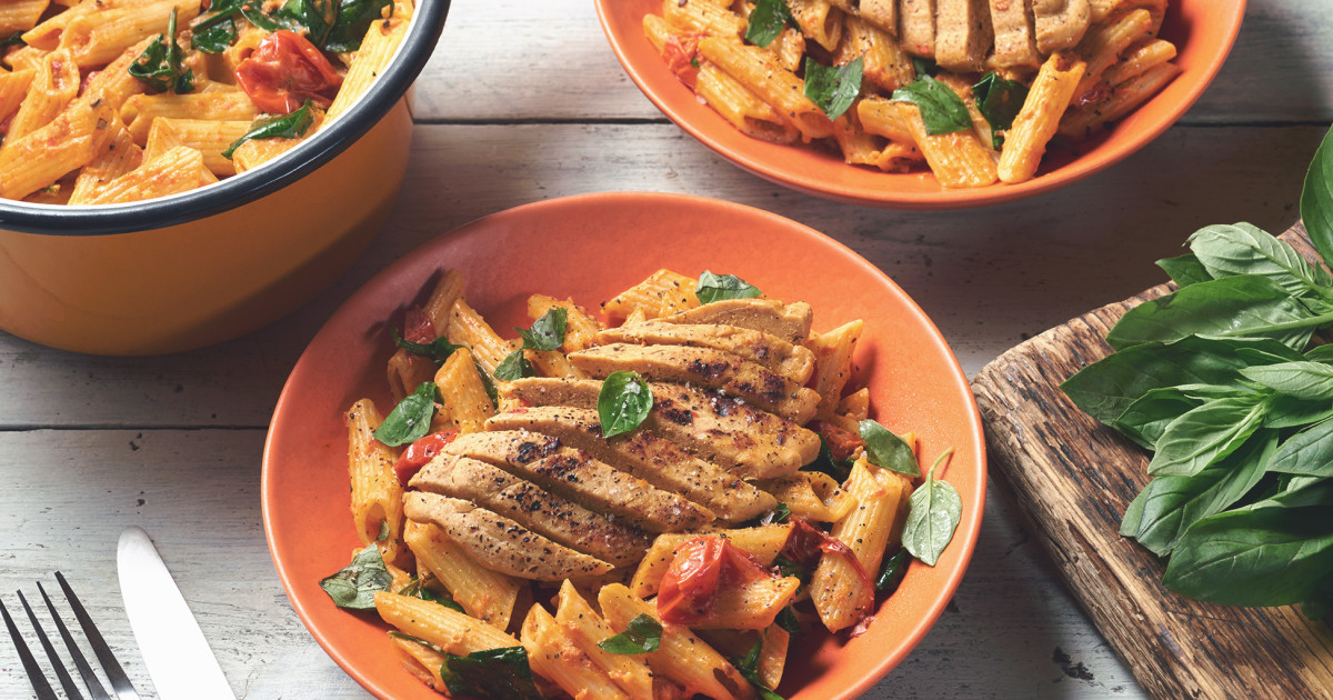 Quorn Fillets With Creamy Spinach Tomato Penne Quorn