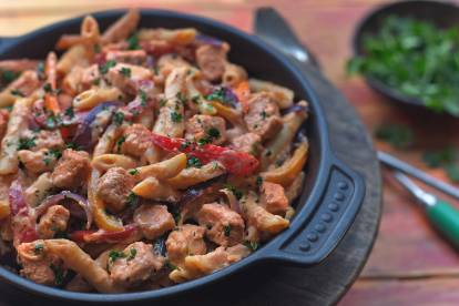 quick & easy vegetarian one-pot fajita pasta mexican recipe