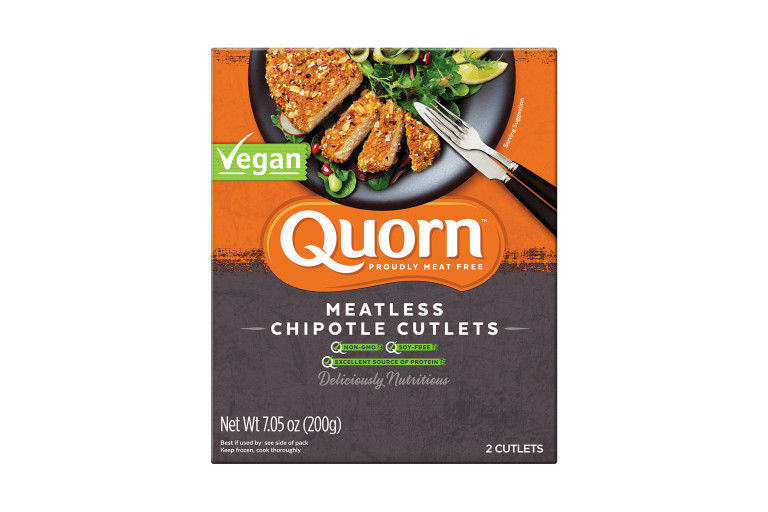 A box of Quorn Meatless Chipotle Cutlets showing the product on a plate and the product information on an orange and charcoal background.