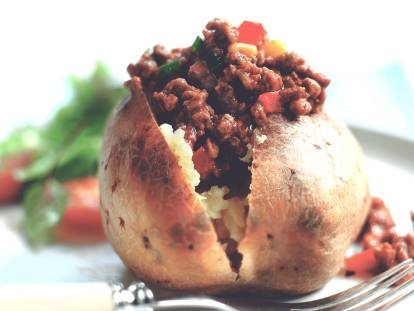 quorn mince chilli in jacket potato vegetarian recipe