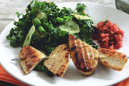 quorn fillet, kale and edamame bean salad healthy vegetarian recipe