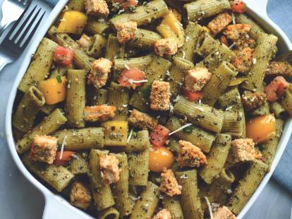Quorn Chickenless Pesto Pasta Salad