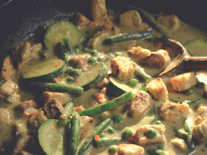 Ovo vegetarisk Thaigryta  med grön curry och Quorn