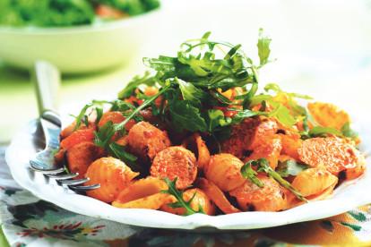 Quorn Sausage, Rocket & Roasted Pepper Pasta Salad