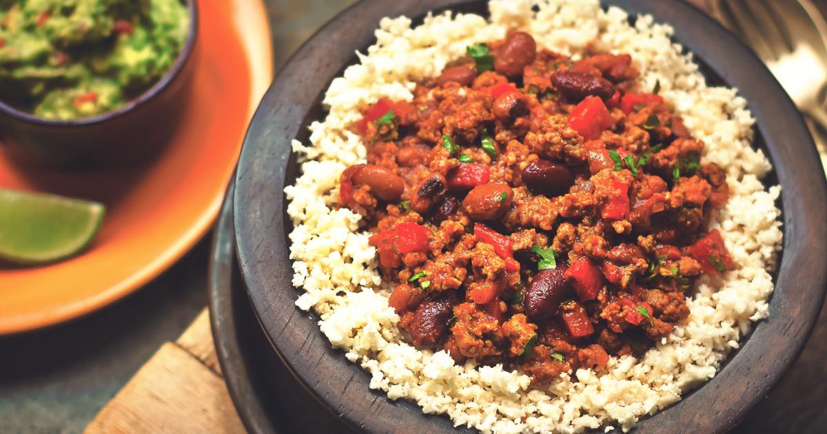 easy meat free cauliflower rice chilli con carne recipe quorn. Black Bedroom Furniture Sets. Home Design Ideas