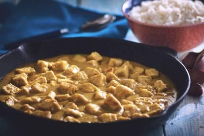 Émincé de Quorn™ au curry avec bananes etpommes