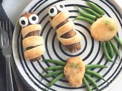 quorn sausage mummies & quorn nugget spiders vegetarian halloween recipe