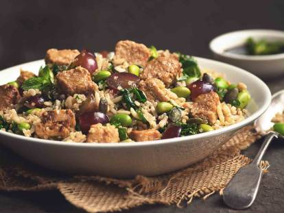 quorn vegan pieces & quinoa healthy salad recipe