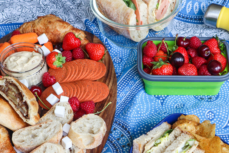Top tips for a Sustainable Picnic by Vegan at Tiff's