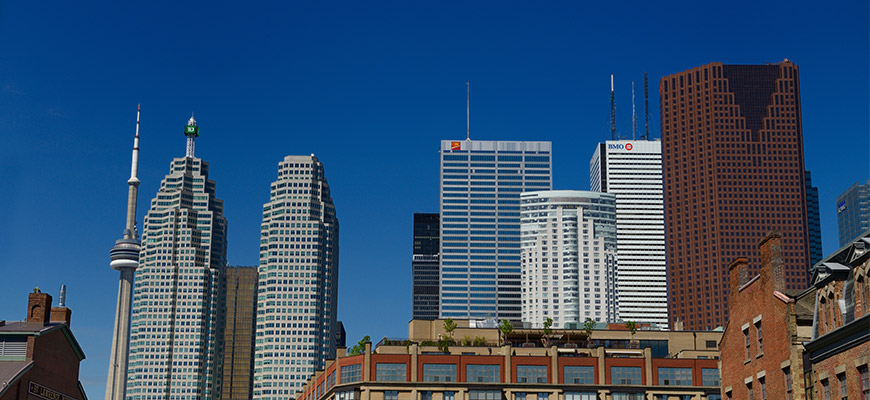 Bank buildings in Toronto skyline