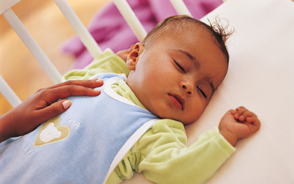 how to dres your baby for sleep