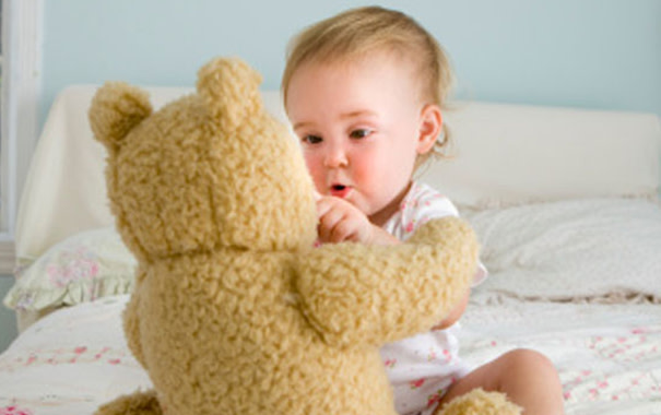 5 tips to keep your pet and child playing nicely
