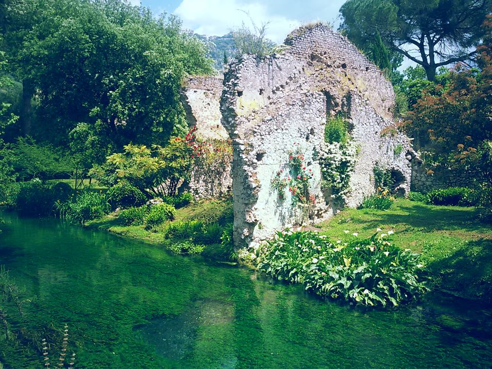 Best Day Trip from Rome: Ninfa Garden 3