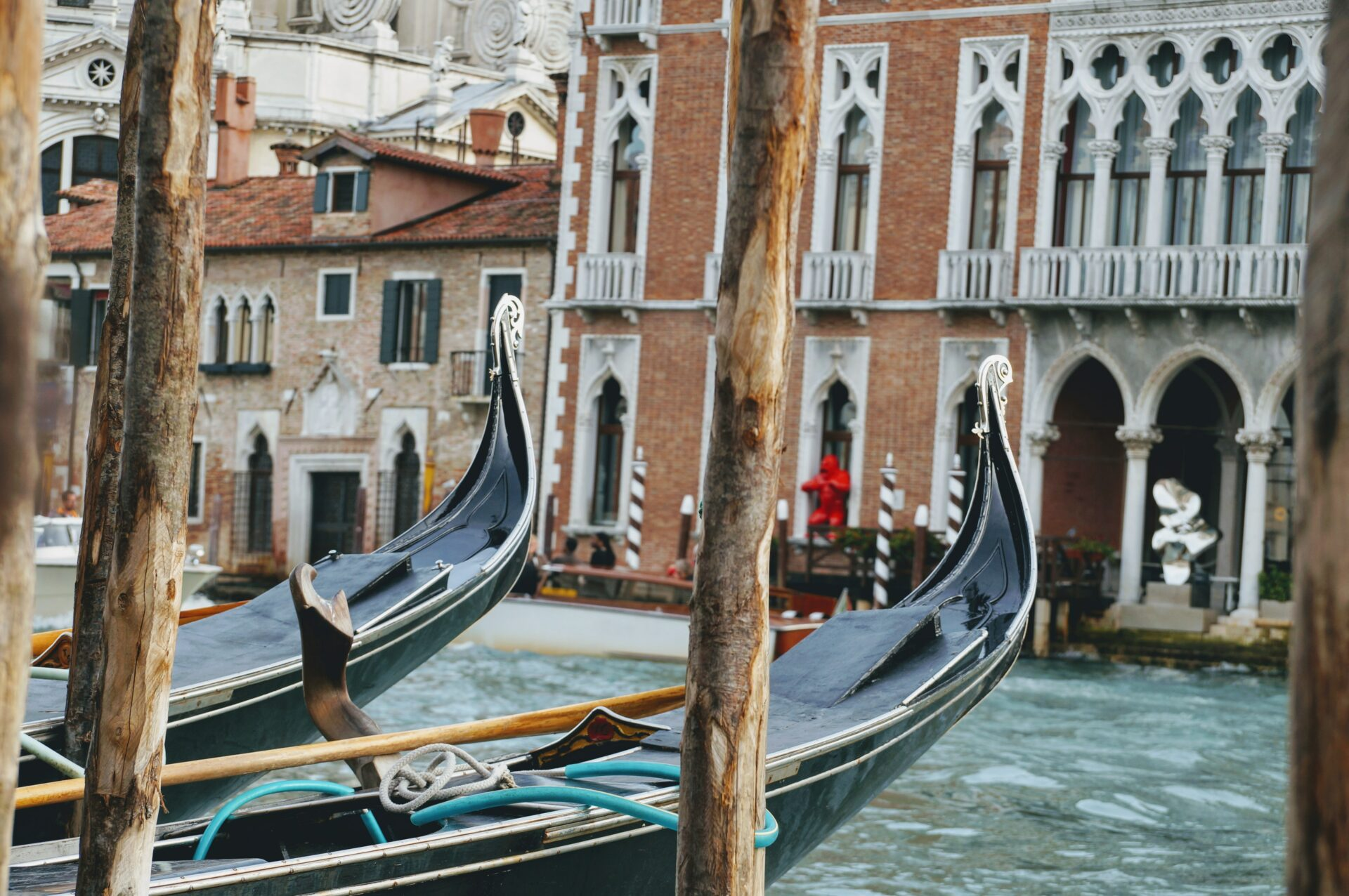 All There Is To Know About The Famous Gondolas Of Venice 0