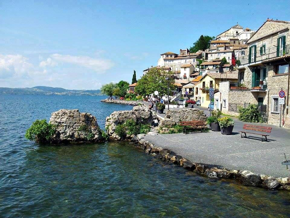 Day trips from Rome - Anguillara Sabazia