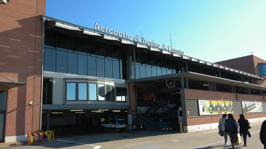 Marco Polo Airport vs. Treviso Airport 2
