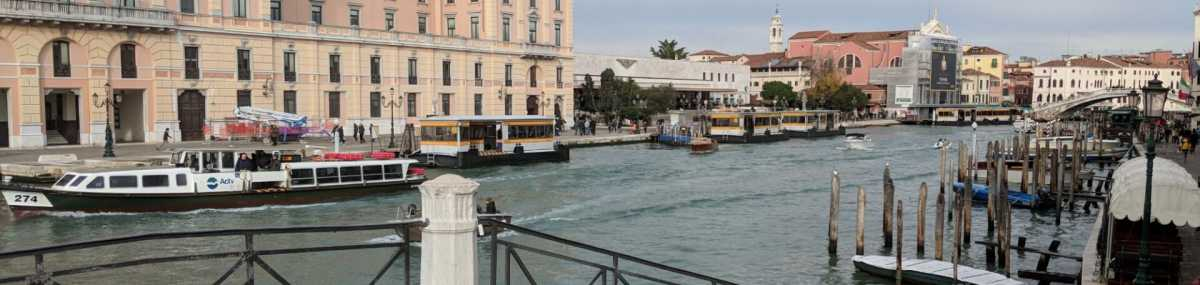 How to Get from the Train Station to Venice City Center