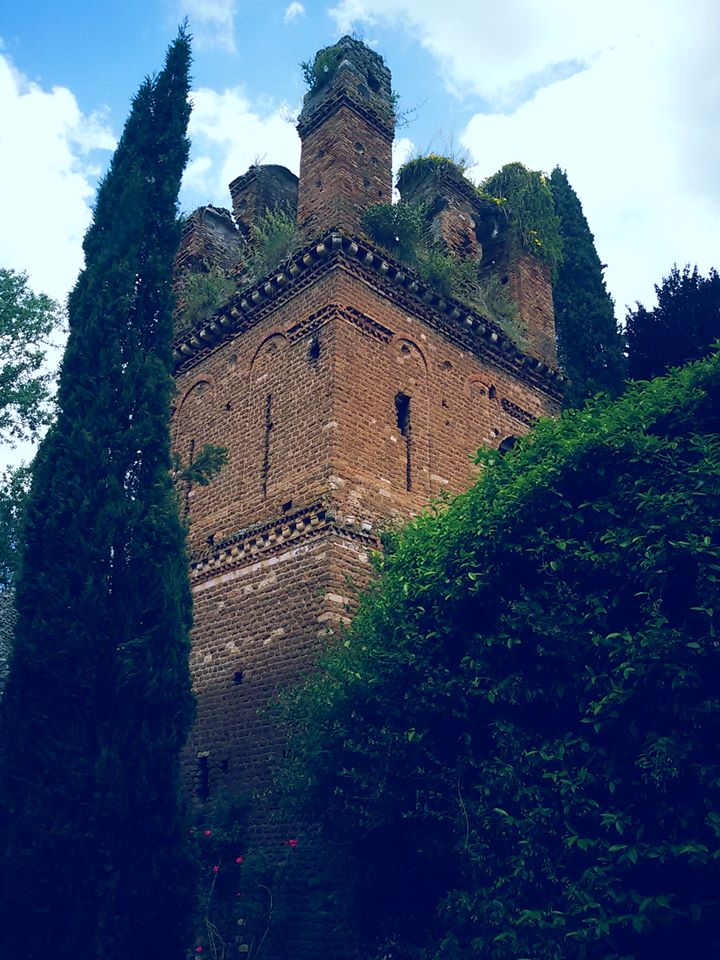 Best Day Trip from Rome: Ninfa Garden 4