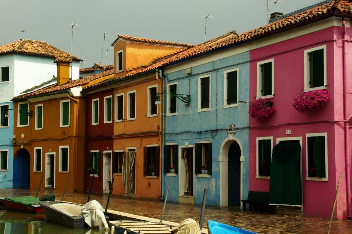 How to Get to Burano from Venice