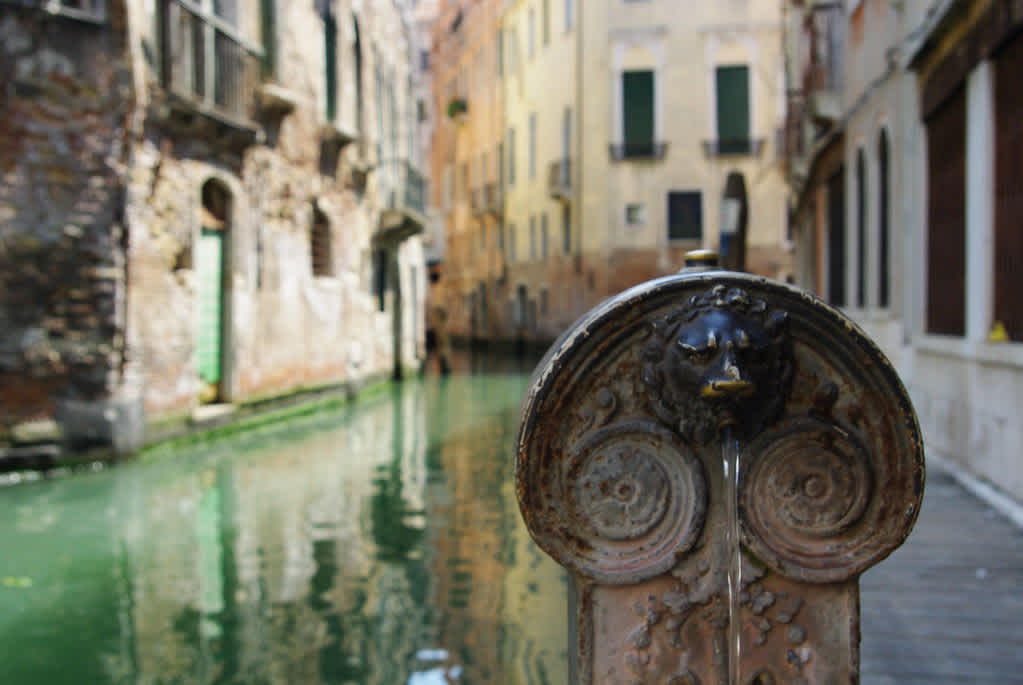 Is The Water Safe to Drink in Venice?