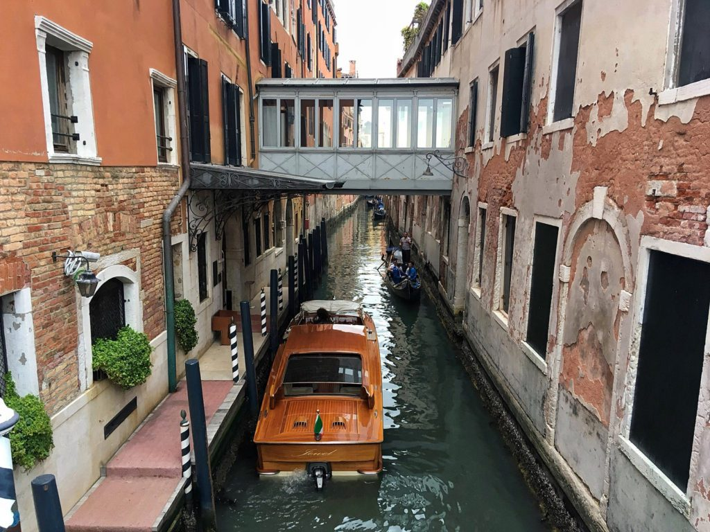 Venice Italy Neighborhoods: A Local Guide 2