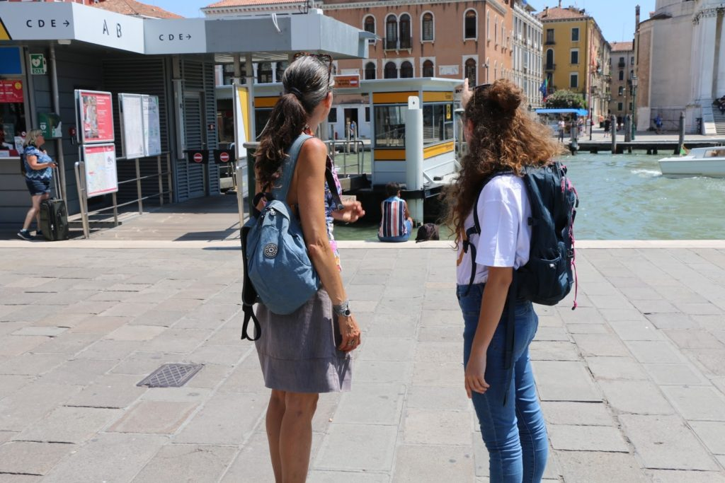 How to Get to Burano from Venice 3
