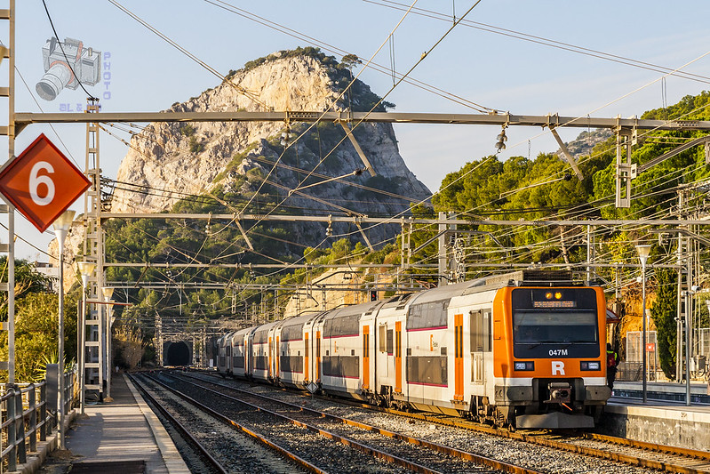 How to Get from Barcelona to Rome by Train 0