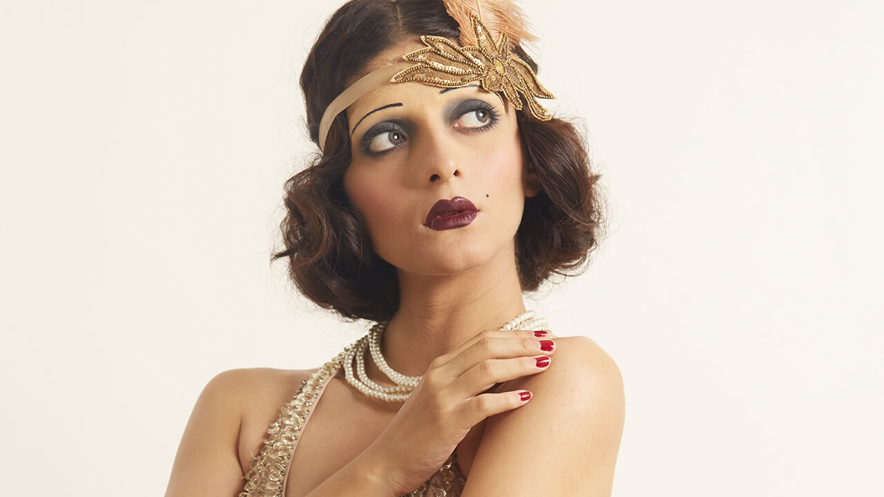 1920: The Flapper Girl