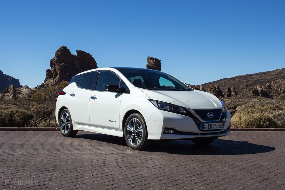 x142174-cars-review-review-nissan-leaf-review-image1-ngvzxr3ad8.png,qoriginalExtension=jpg.pagespeed.ic.xt0Dkfoc4F