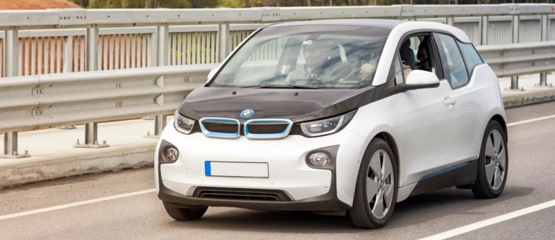 Everything to know about Driving and Charging a BMW i3