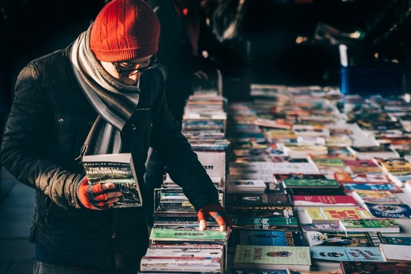 15 Book-Themed Activities Every Bibliophile Must Do in Their Life