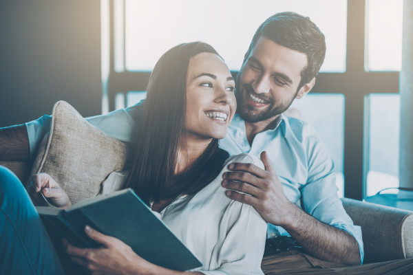 Romantic Novels & Relationship Advice Books to Read With Your Partner