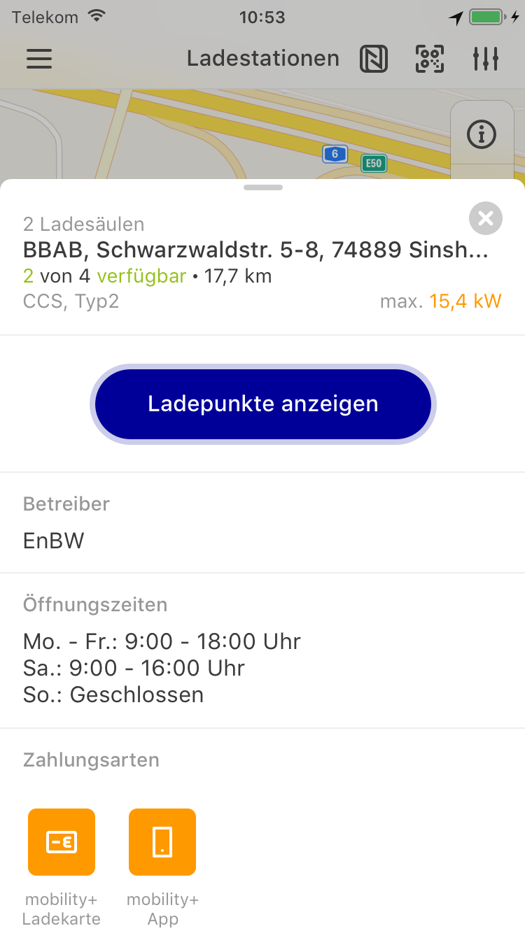 Handy mit Screen der EnBW mobility+ App: Funktion Ladesstationendetails