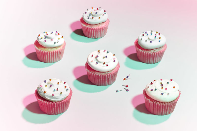 Earnings with cupcakes