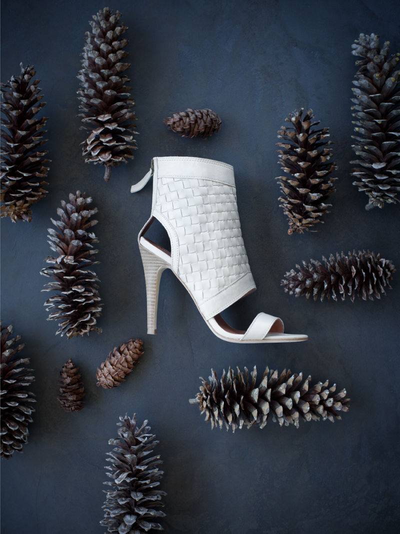 Shoe with pinecones