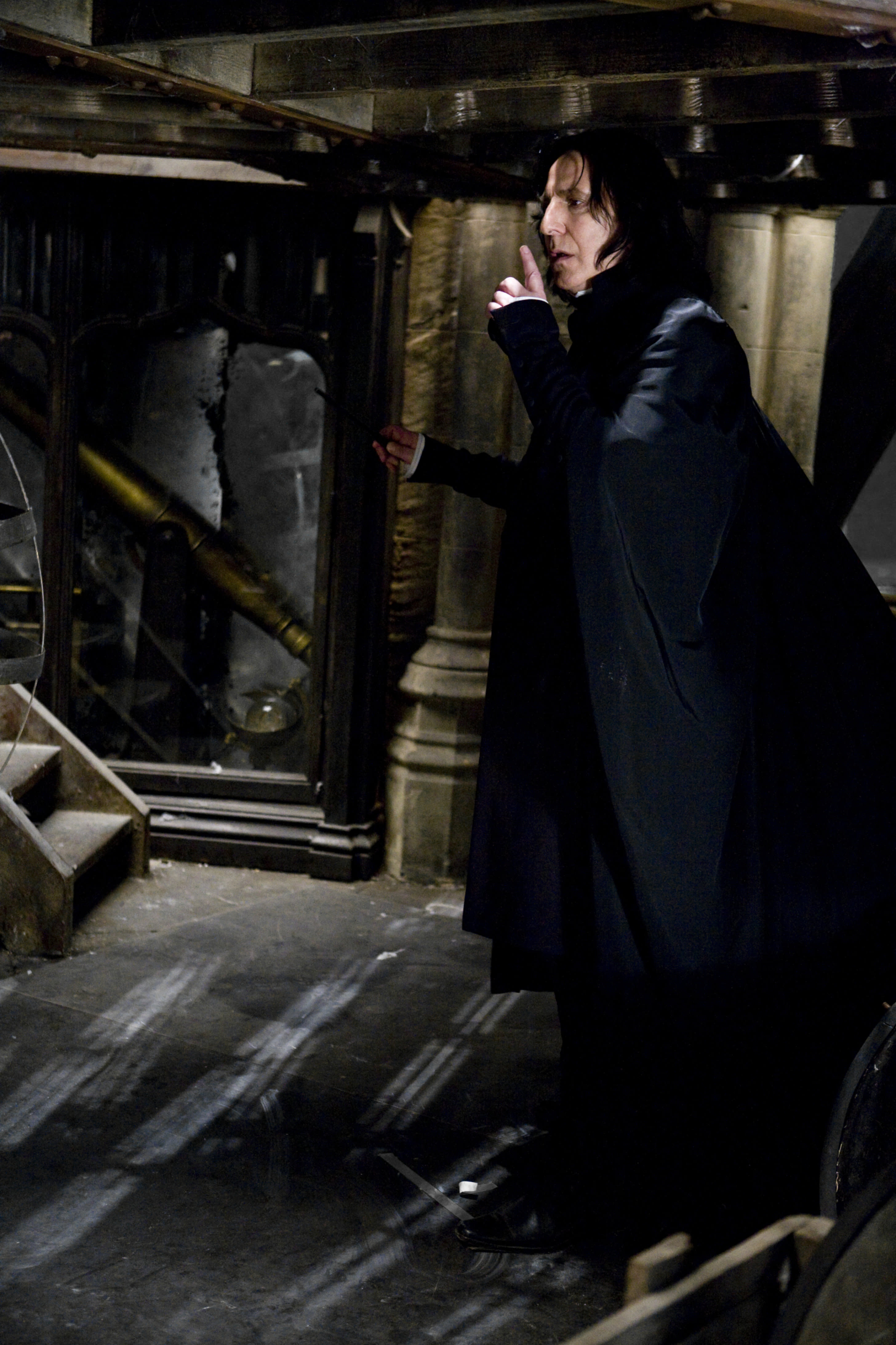 SeverusSnape WB F6 SnapeHoldingFingerToMouth Still 080615 Port