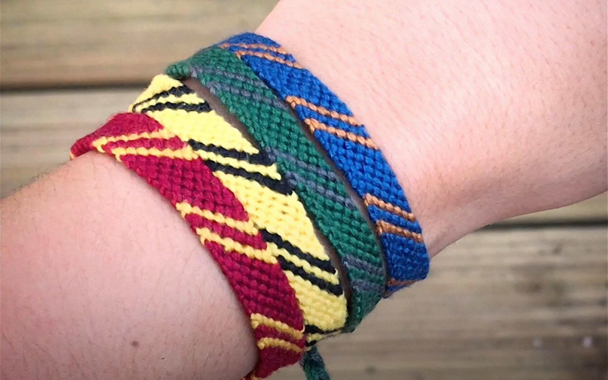 hogwarts-house-friendship-bracelets-still