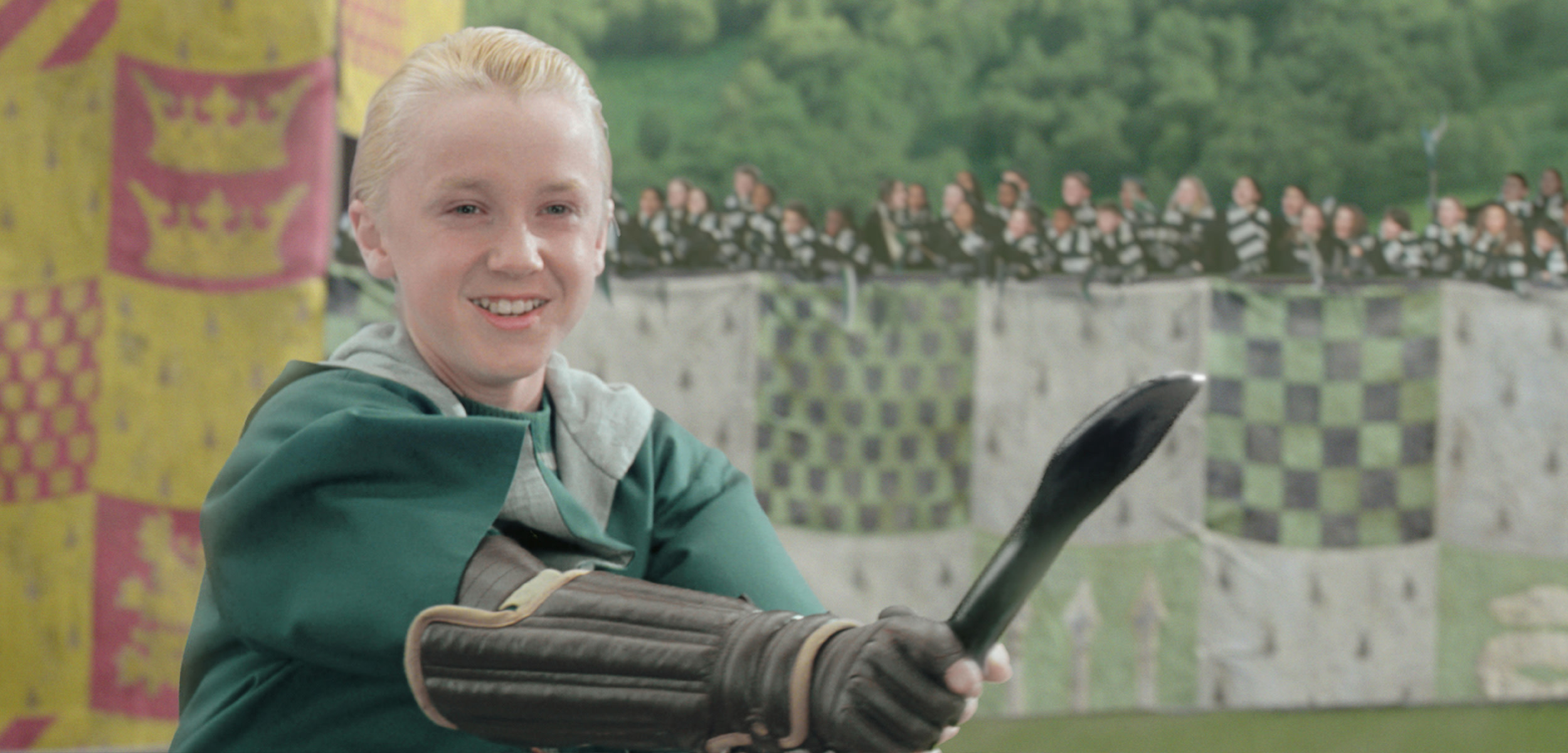 HP-F2-malfoy-quidditch-broom
