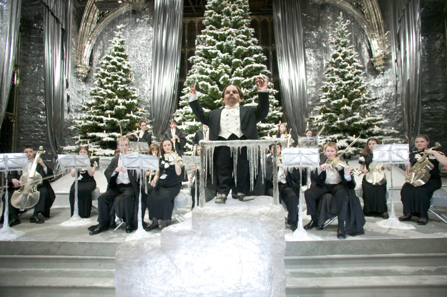 Hogwarts At Christmas 2021 Why Christmas At Hogwarts Is Better Than Any Other Wizarding World