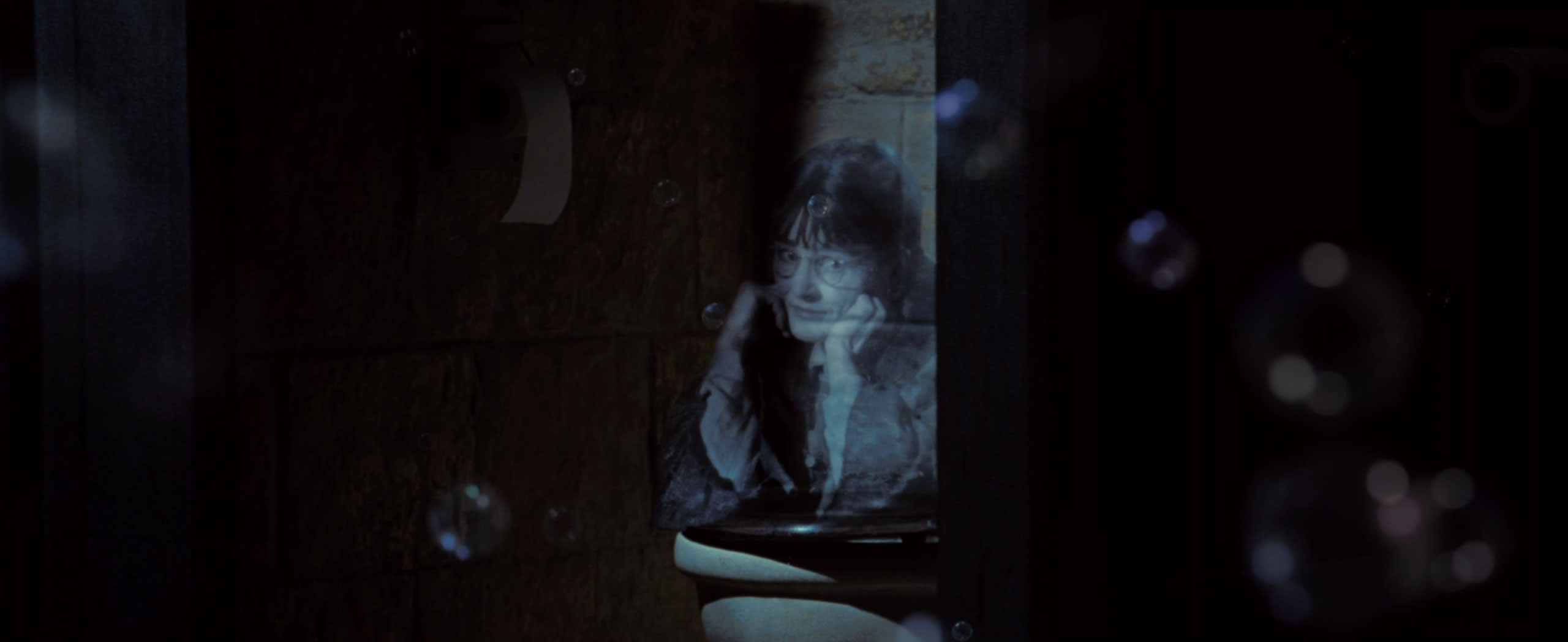 wb-f4-goblet-of-fire-moaning-myrtle