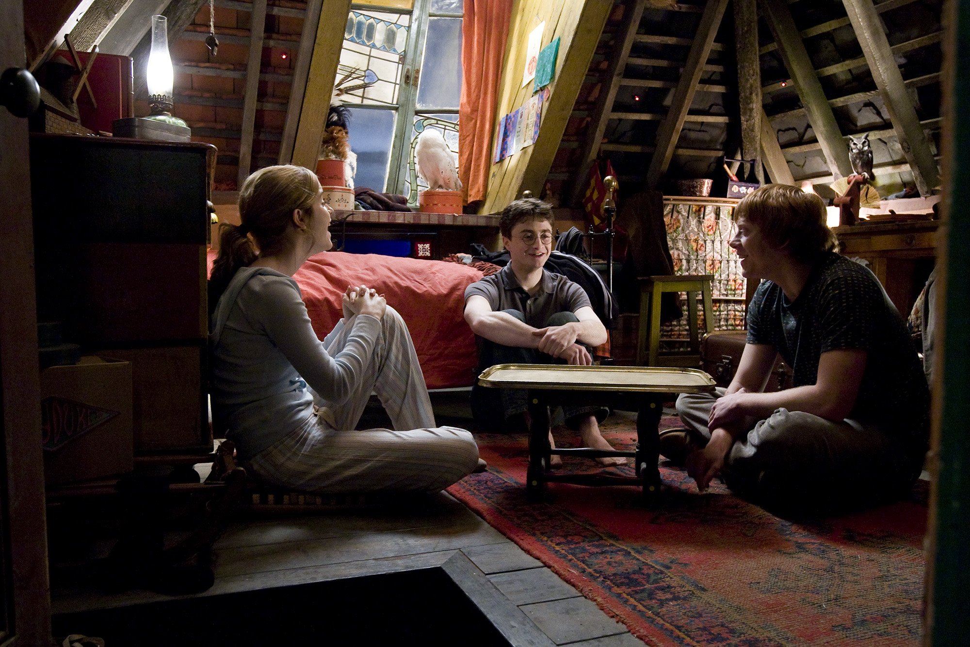 WB-HP-F6-half-blood-prince-harry-ron-hermione-laughing