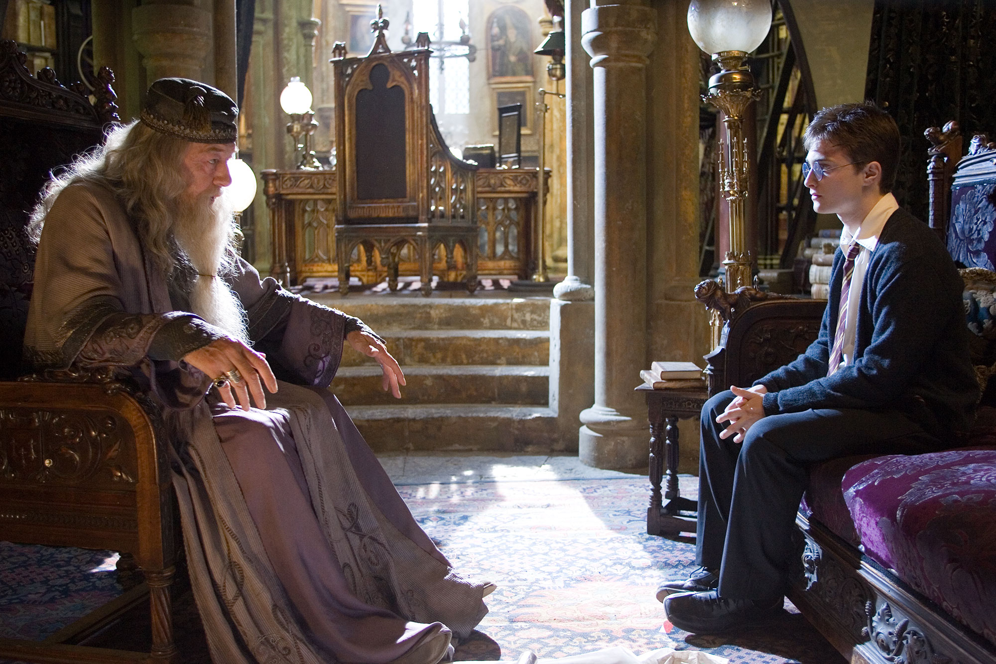 WB-F5-order-of-the-phoenix-harry-dumbledore-in-his-office
