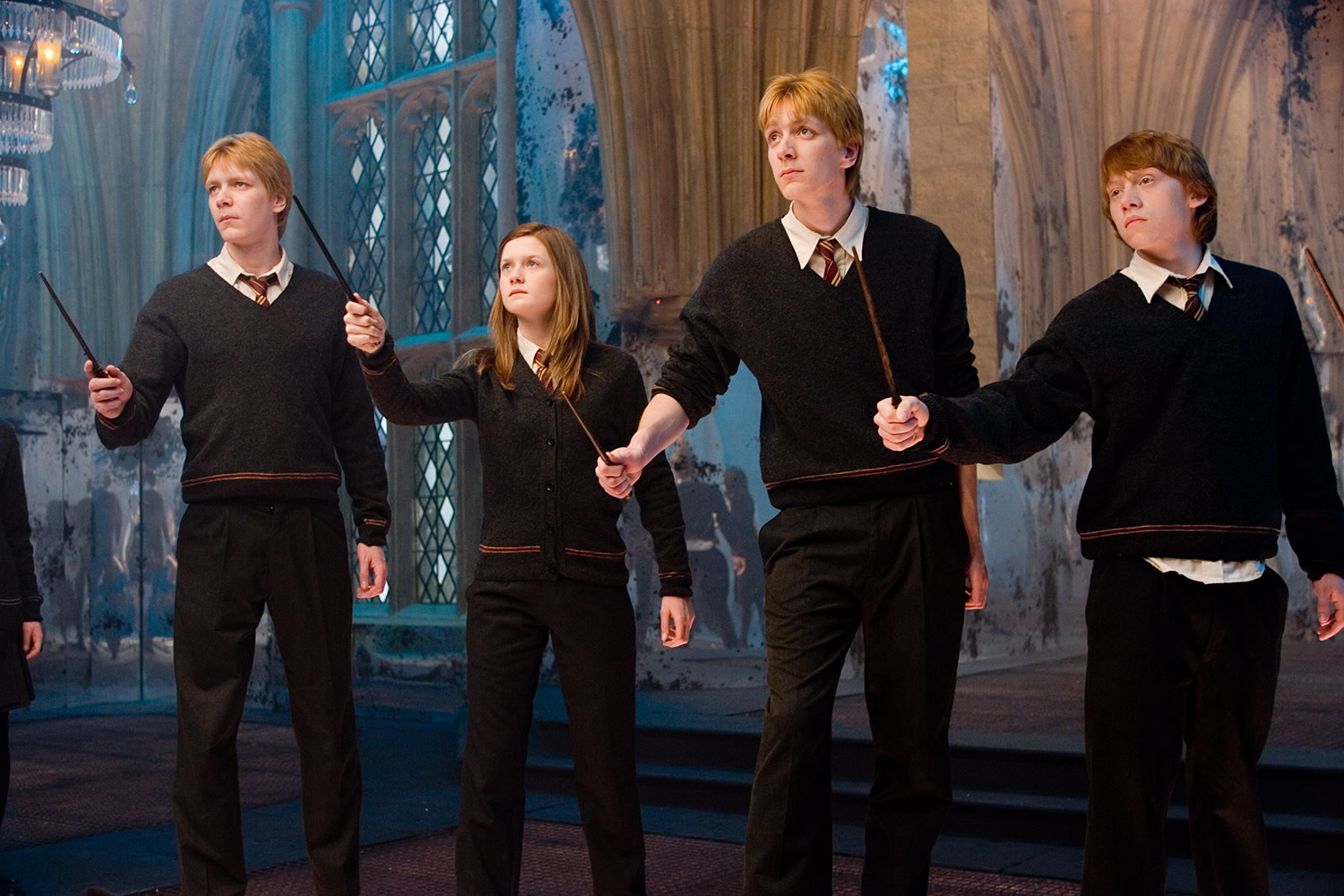 WB-HP-F5-order-of-phoenix-weasley-siblings-room-of-requirement