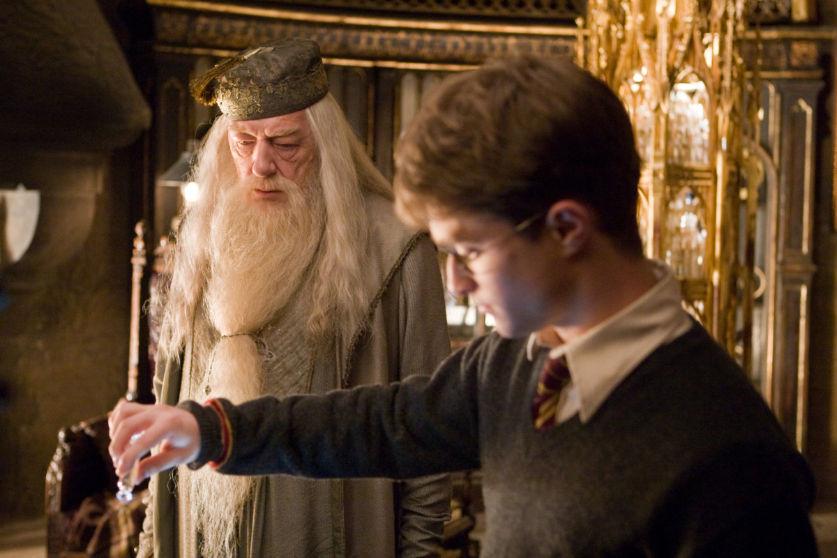 What if Dumbledore had told Harry that he was the chosen one from the beginning? | Wizarding World