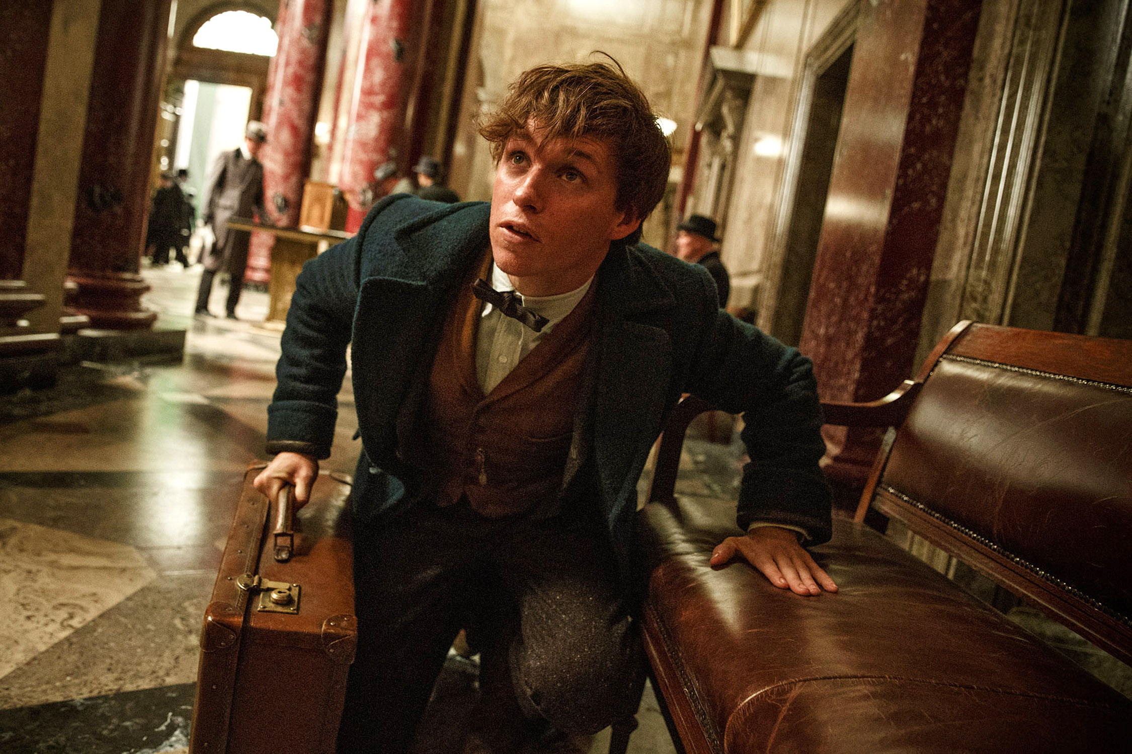 Eddie Redmayne as Newt Scamander in 'Fantastic Beasts' WB FB-01108A