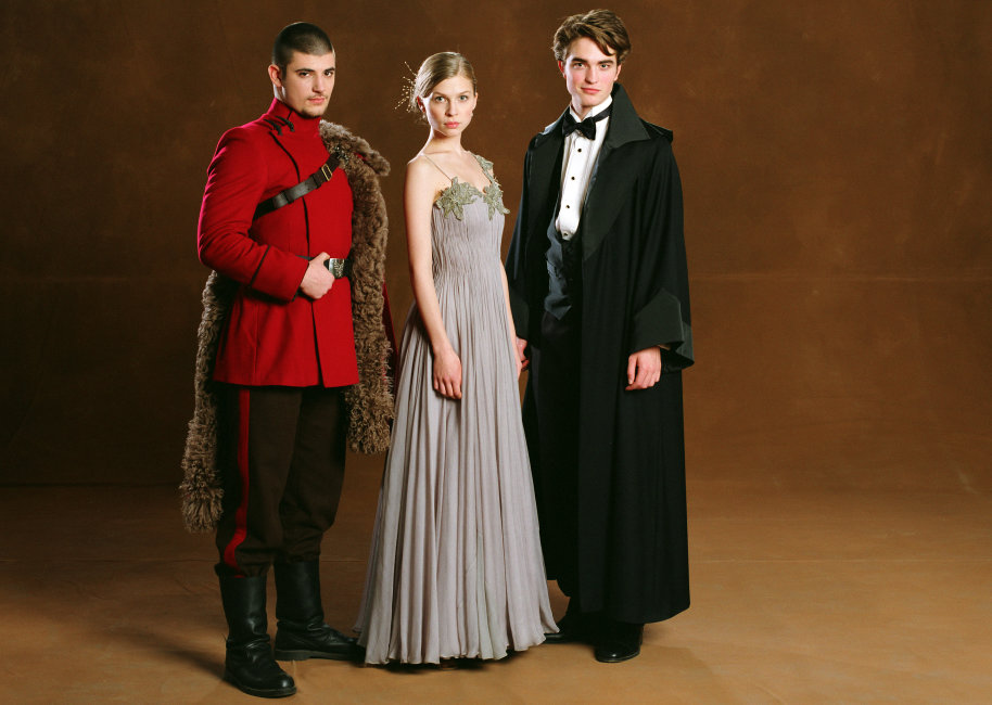Why Viktor Krum Was A Better Boyfriend Than Ron Weasley Wizarding World Dumbledore looked from madame maxime and hagrid, to fleur delacour and her fellow beauxbatons students, to viktor krum and the durmstrangs at the slytherin table. why viktor krum was a better boyfriend