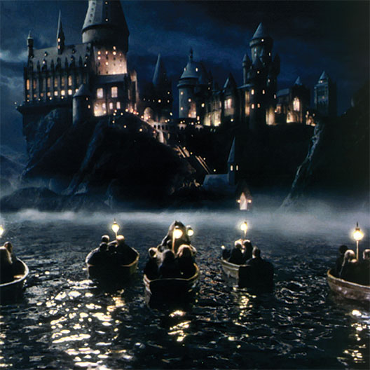 hp-f1-hogwarts-boats-firstyear-square