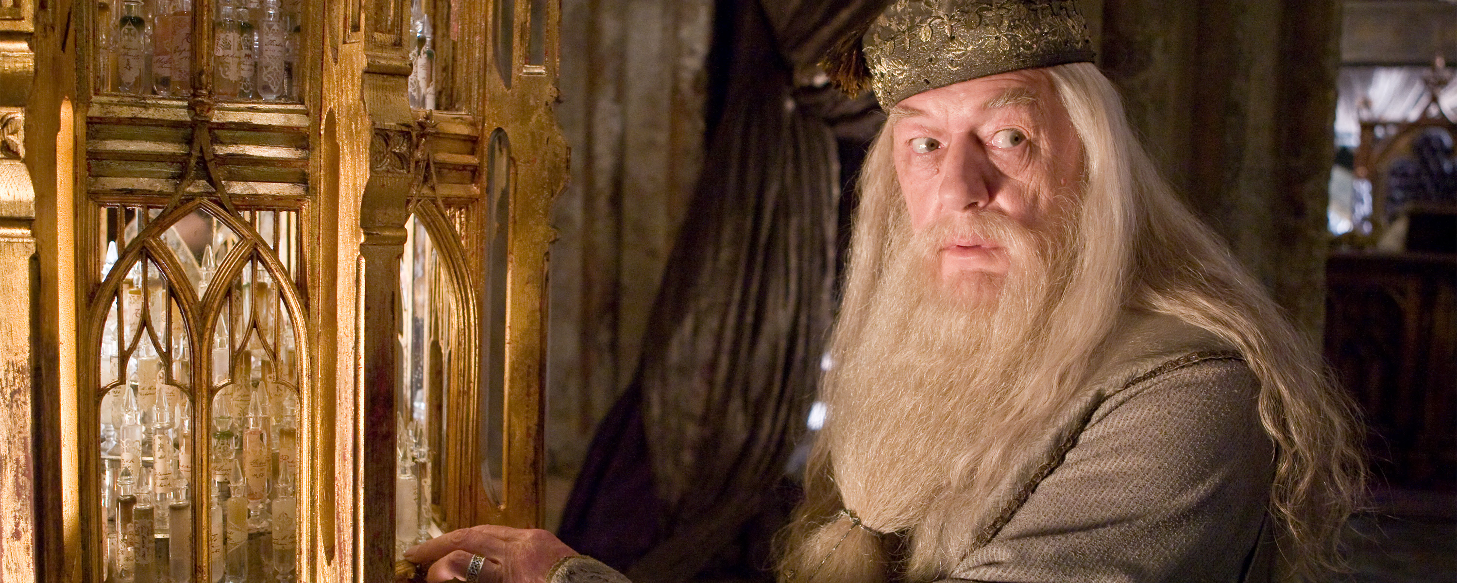 HP-F6-dumbledore-pensieve-web-header