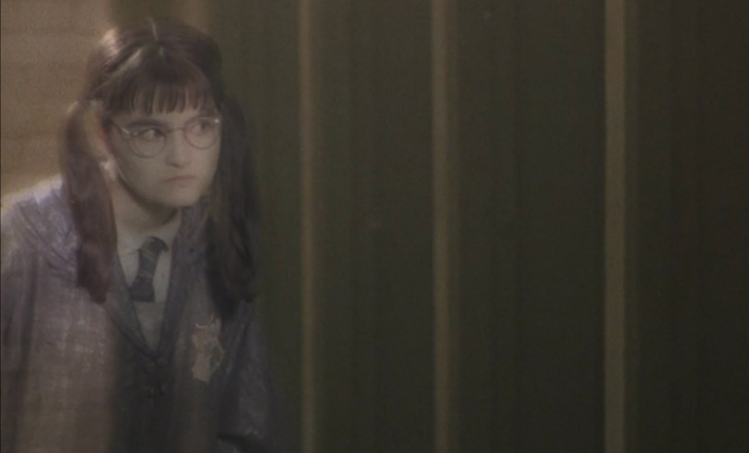 WB-F2-moaning-myrtle-in-bathroom